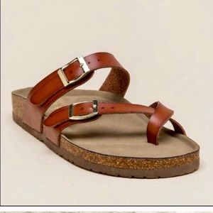 Madden girl leather Brycee footbed